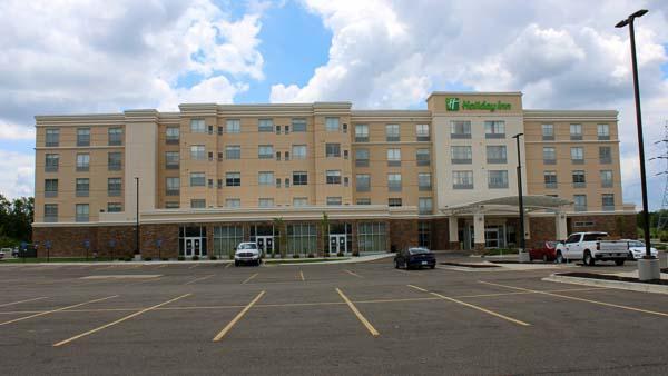 Holiday Inn web-5